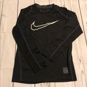Nike boys long sleeve tshirt